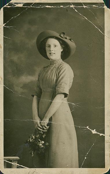 photo restoration example original scan